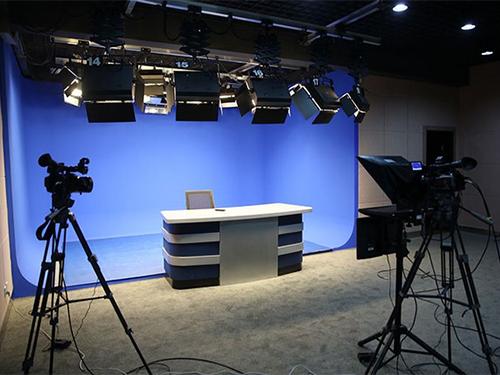 传统演播室 虚拟演播室 高清大屏演播室介绍(图1)